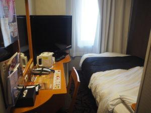 シングルルームの部屋の様子です